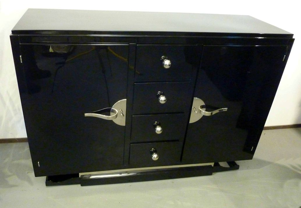 01538 art deco sideboard mit hochglanzlackierung wandel antik. Black Bedroom Furniture Sets. Home Design Ideas