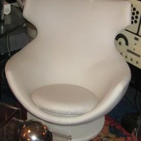 wandel-antik-01568-sessel-im-stil-des-egg-chair