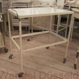 wandel-antik-01218-arztwagen-auf-rollen