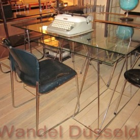 wandel-antik-01500-schreibtisch-mit-metallgestell