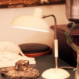 wandel-antik-02186-weisse-schreibtischlampe-aus-den-dreissigern