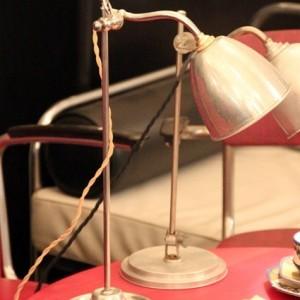 wandel-antik-02305-kleine-tischlampe-aus-den-dreissigern