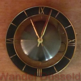 wandel-antik-02312-elegante-wanduhr