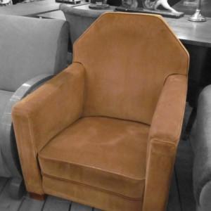wandel-antik-02409-art-deco-sessel-mit-velourbezug