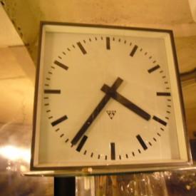 wandel-antik-02132-grosse-bahnhofsuhr