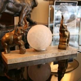 wandel-antik-02147-tischlampe-mit-elefantenpaar