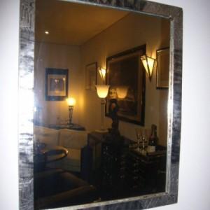 wandel-antik-02180-kleiner-wandspiegel-im-art-deco-stil