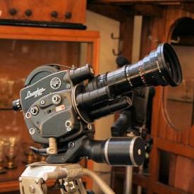 wandel-antik-01054-filmkamera