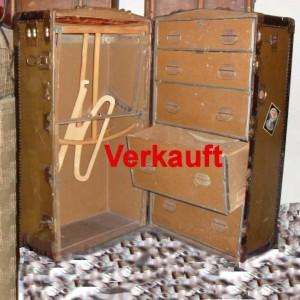 wandel-antik-01205-alter-schrankkoffer