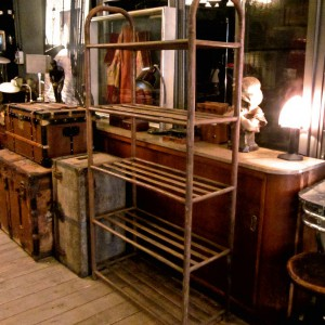 wandel-antik-01534-eisen-vintage-regal