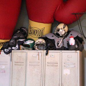 wandel-antik-01597-football-ausrüstung--requisiten-verleih