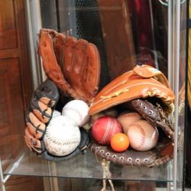 wandel-antik-01601-baseball-zubehoer-requisiten-verleih