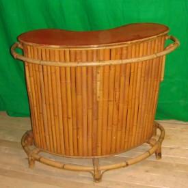 wandel-antik-01624-bambusbar-mit-roter-resopalplatte