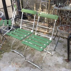 wandel-antik-01649-gruene-klappstühle-70er-jahre
