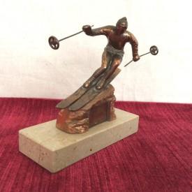 wandel-antik-01728-skulptur-skifahrer