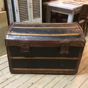 wandel-antik-01883-kutschenkoffer-1900