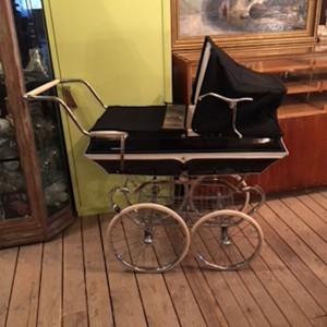 wandel-antik-01888-kinderwagen-van_delft