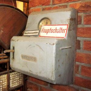 wandel-antik-01910-industrie-schalter