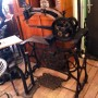 wandel-antik-01920-schusterei-nähmaschine