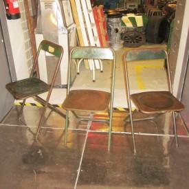 wandel-antik-01974-industrie-metallstühle-grün