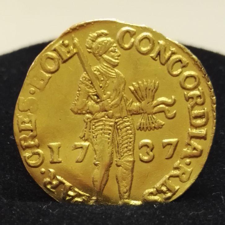 02043 Golddukat Wandel Antik