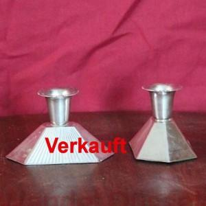 wandel-antik-02241-paar-kerzenhalter-mit-gravur
