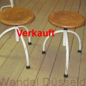 wandel-antik-02430-paar-drehhocker-frankfurter-kueche