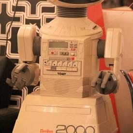 wandel-antik-02701-roboter-omnibot-2000-von-tomy
