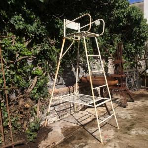 wandel-antik-02851-hochsitz-linienrichterstuhl-tennis