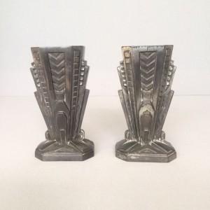 wandel-antik-02879-art-deco-vasenpaar-zinkguß