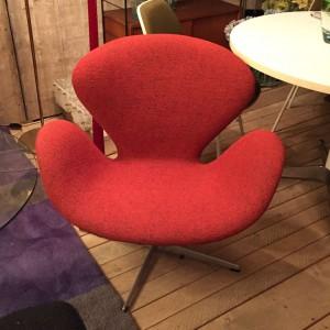 wandel-antik-02915-arne-jacobsen-fritz- hansen-chair-'schwan'