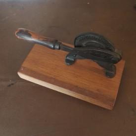 wandel-antik-02931-tabakschneider