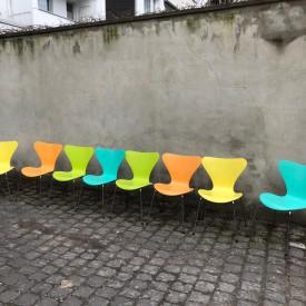 wandel-antik-03003-arne-jacobsen-stühle