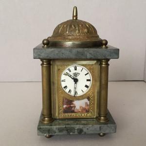 03062 Wecker Tischuhr mit Spieluhr