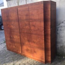 wandel-antik-03147-kleiderschrank-nussbaum