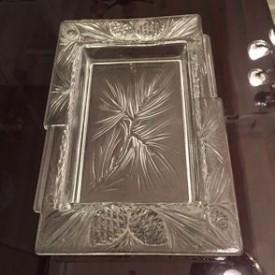 wandel-antik-03186- schale-mit-kiefernzapfen-dekor