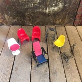 wandel-antik-03404-miniatur modellstühle von vitra