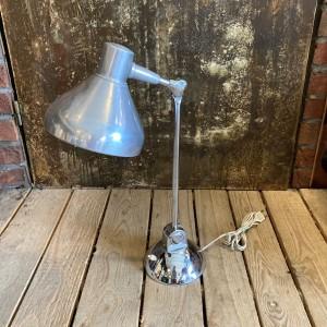 wandel-antik-03442-charlotte-perriand-tischlampe