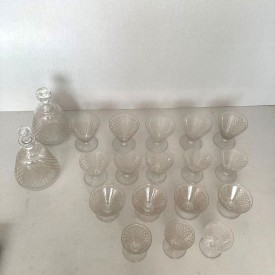 wandel-antik-03484-baccarat-gläser-und-karaffen