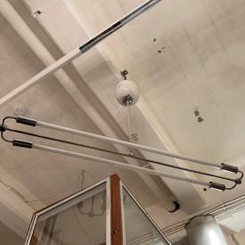 wandel-antik-03490-neonröhren-hängeleuchten