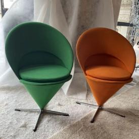 wandel-antik-03576-cone-chairs-verner-panton