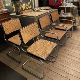wandel-antik-03680-nachbauten-von-thonet-stühlen