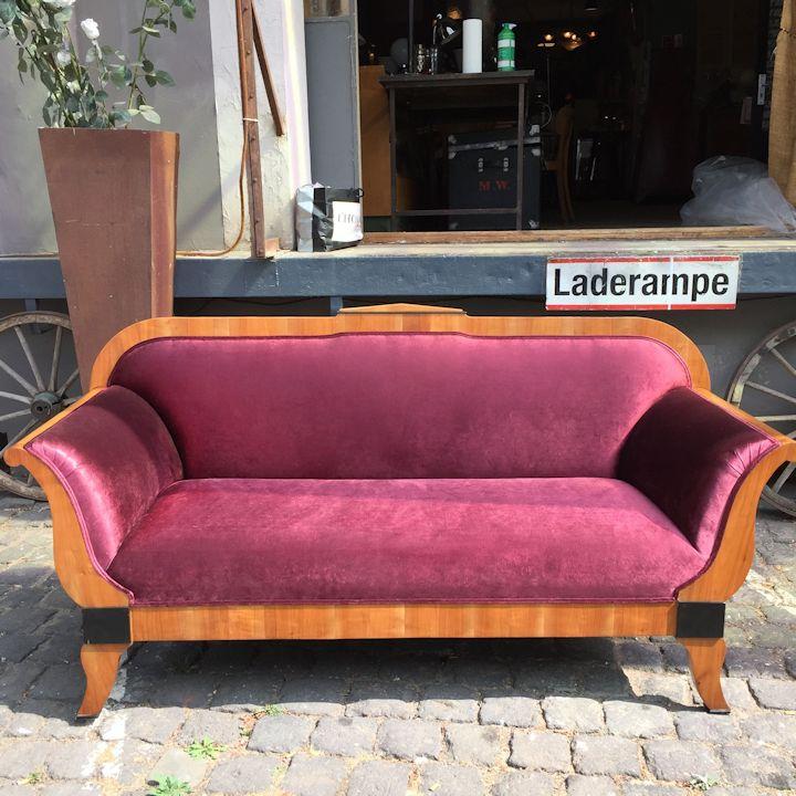 wandel-antik-biedermeier-sofa-nachher
