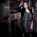wandel-antik-fotoshooting-barbara-schwarzer-young-couture-fw2012-fotograf-olga-seifert